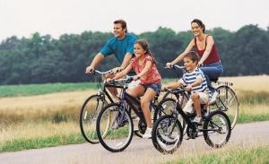 montar-en-bici-con-niños